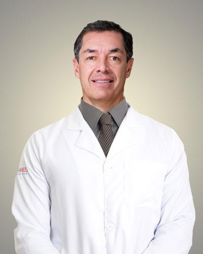 Dr. Plínio José E. Camargo